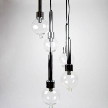Pendant lamp with five cones