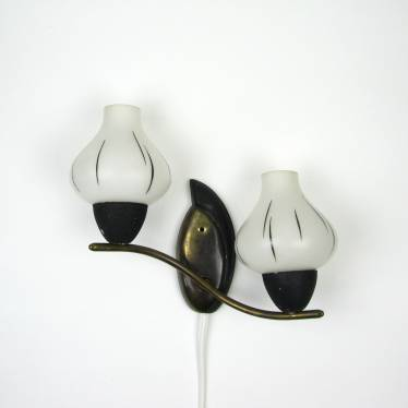 Fifties wall lamp small detail A